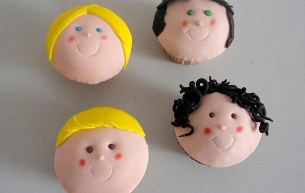 Cuatro cupcakes muy primos