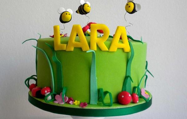 Lara y las abejas